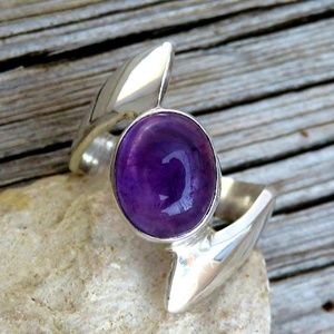 Vintage 925 Sterling Natural Amethyst Bypass Ring
